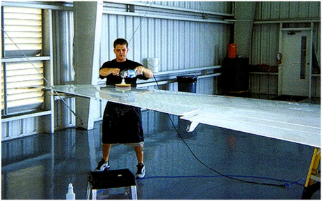 leading-edge-polishing-emron-paint-aircraft-paint-polishing-private-jet-detailing-anti-static-glass-coating-glass-cleaning-02