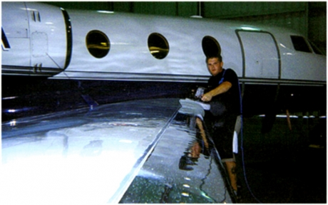 leading-edge-polishing-emron-paint-aircraft-paint-polishing-private-jet-detailing-anti-static-glass-coating-glass-cleaning-04