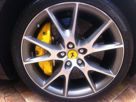 car-cleaning-car-washing-leather-conditioning-restoration-oxidation-removal-wet-sanding-machine-polishing-10