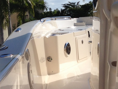 clearcoat-refinishing-aluminum-glass-ceramic-sealant-restoration-yacht-metal (6)
